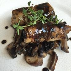 Receta deliciosa de rollitos de ternera con setas y salsa de vino oporto