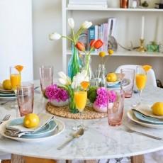 Decoracion de la mesa con colores