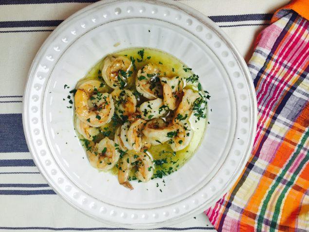 Receta de Camarones al Ajillo estilo español. Secretos y trucos de esta receta. www.ensalpicadas.com