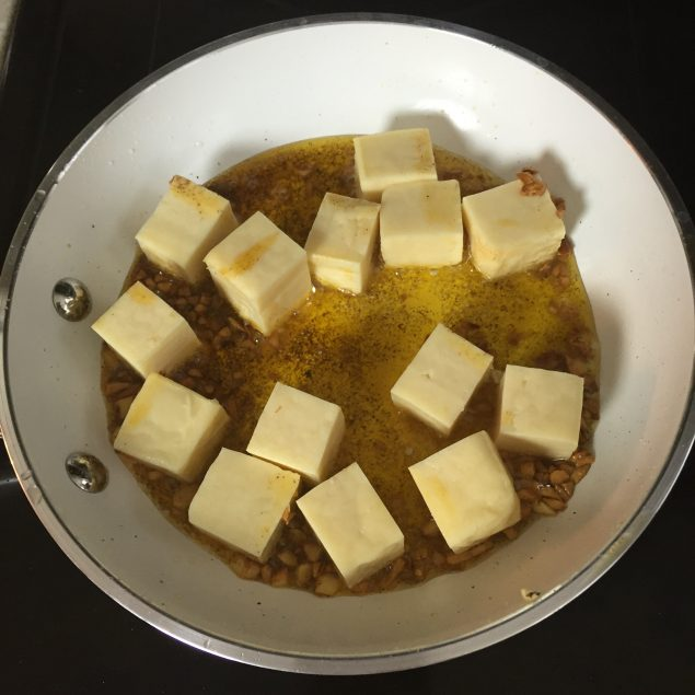 Sarten con queso frito