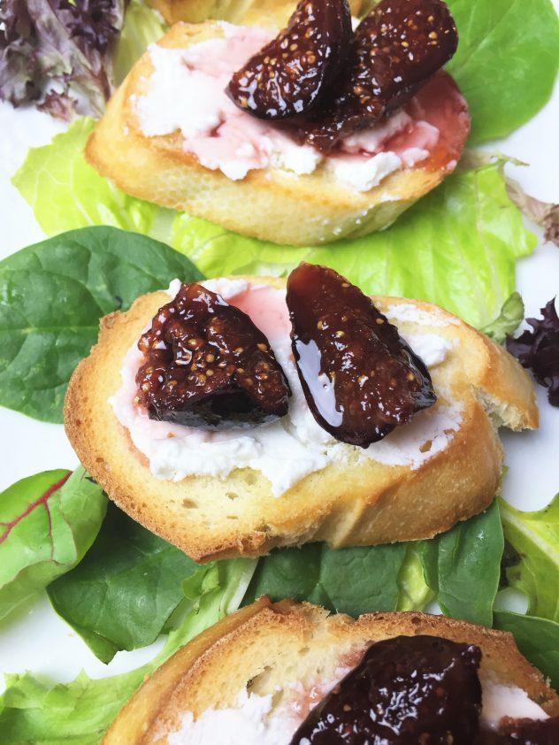crostini-de-higos-y-queso-de-cabra