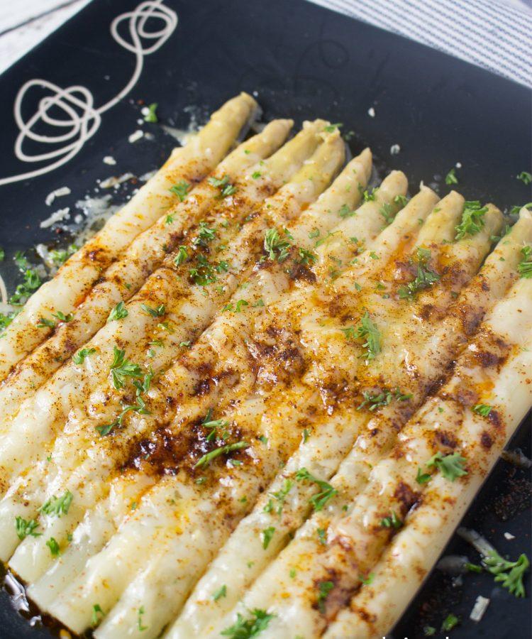 Receta de Espárragos Blancos con queso, muy fácil. Ensalpicadas.com