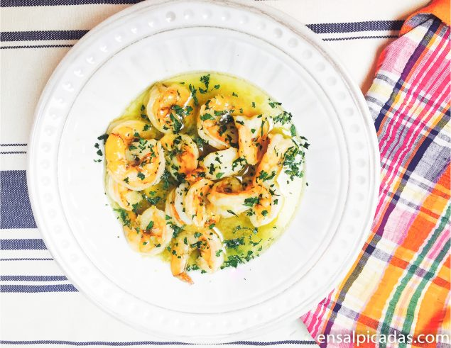 Receta de Camarones al Ajillo con ingrediente secreto.