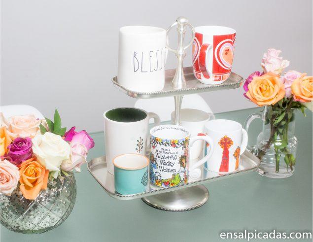Decoración sencilla de la mesa para primavera y pascua.