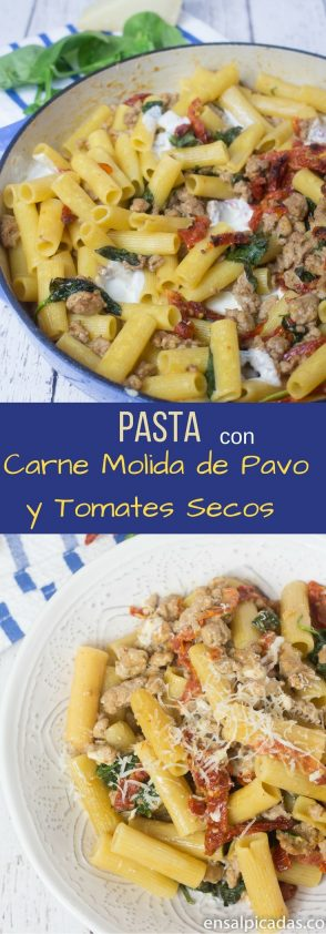 Receta de Pasta (macarrrones) con Carne Molida de Pavo, Tomates Secos (sun dried tomatoes) y Espinacas.