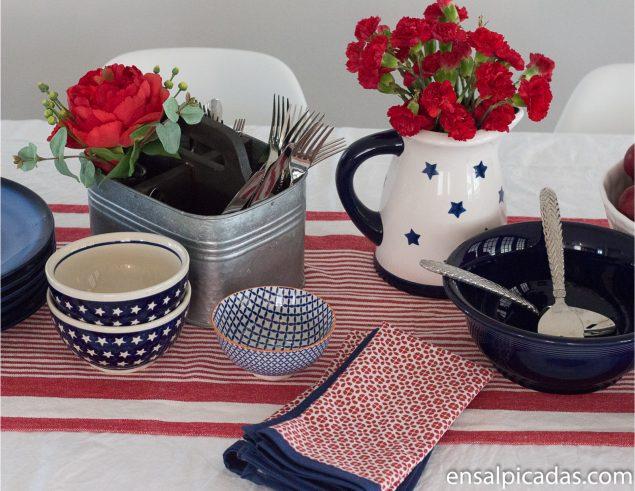 Mesa Decorada Rojo, Azul y Blanco. Tablescape, red, white and blue