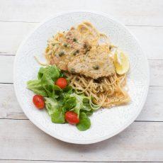 Receta de Escalopines en Salsa Piccata con Pasta