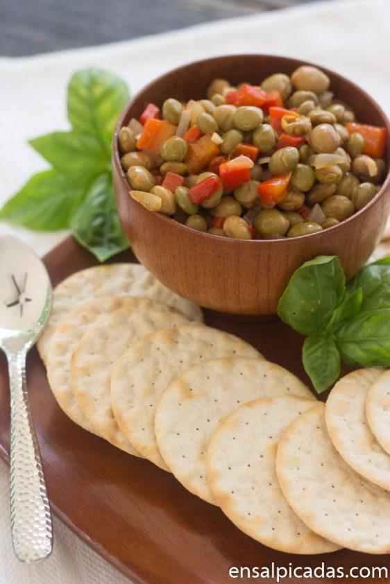 Receta de Dip de Gandules con Pimientos morrones en salsa peperonata.
