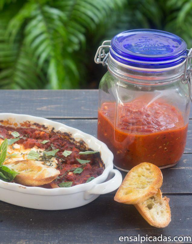 Receta de Dip de Queso de Cabra al horno con salsa marinara