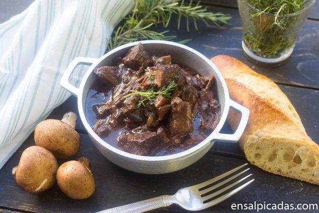 Receta de Beef Burgundy (beef bourguignon)
