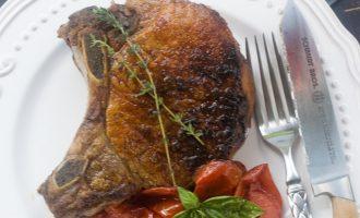 Cómo hacer chuletas gruesas o chuletón de cerdo como en restaurante