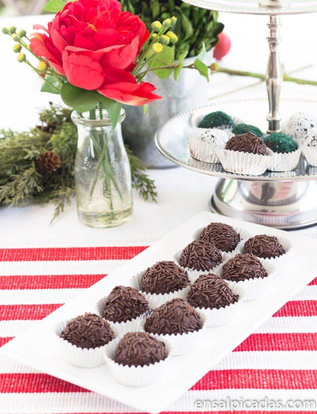 Receta de Chocolate Rum Balls. Bolitas de chocolate con ron.