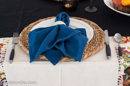Mesa decorada para Accion de gracias