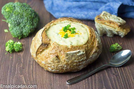 Receta de Sopa de Brocoli estilo restaurante.