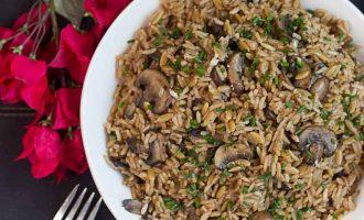 Receta de Arroz Pilaf con caldo de carne y setas